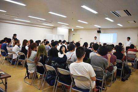 art musashino art university portfolio review meeting メロス言語学院